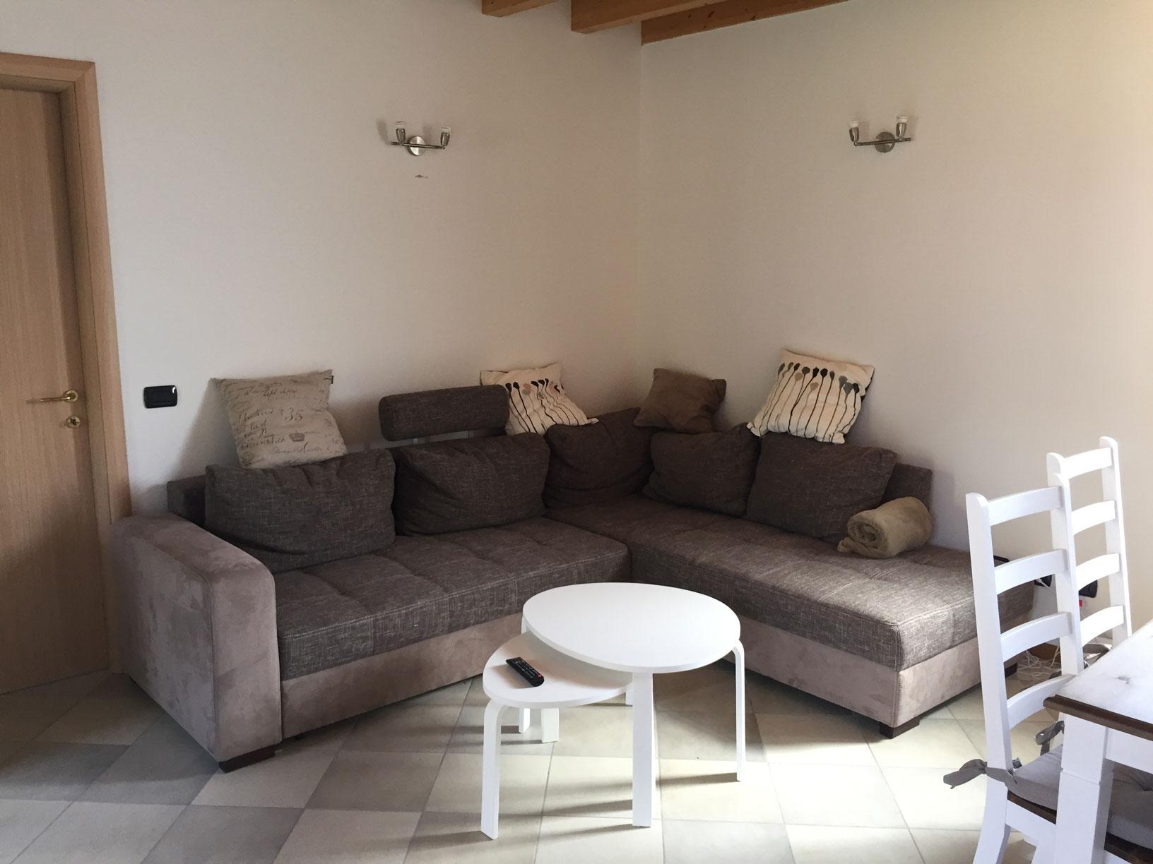 Appartamento al Gelso - Wohnzimmer & Küche